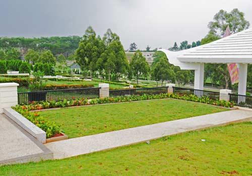 lahan makam private terrace